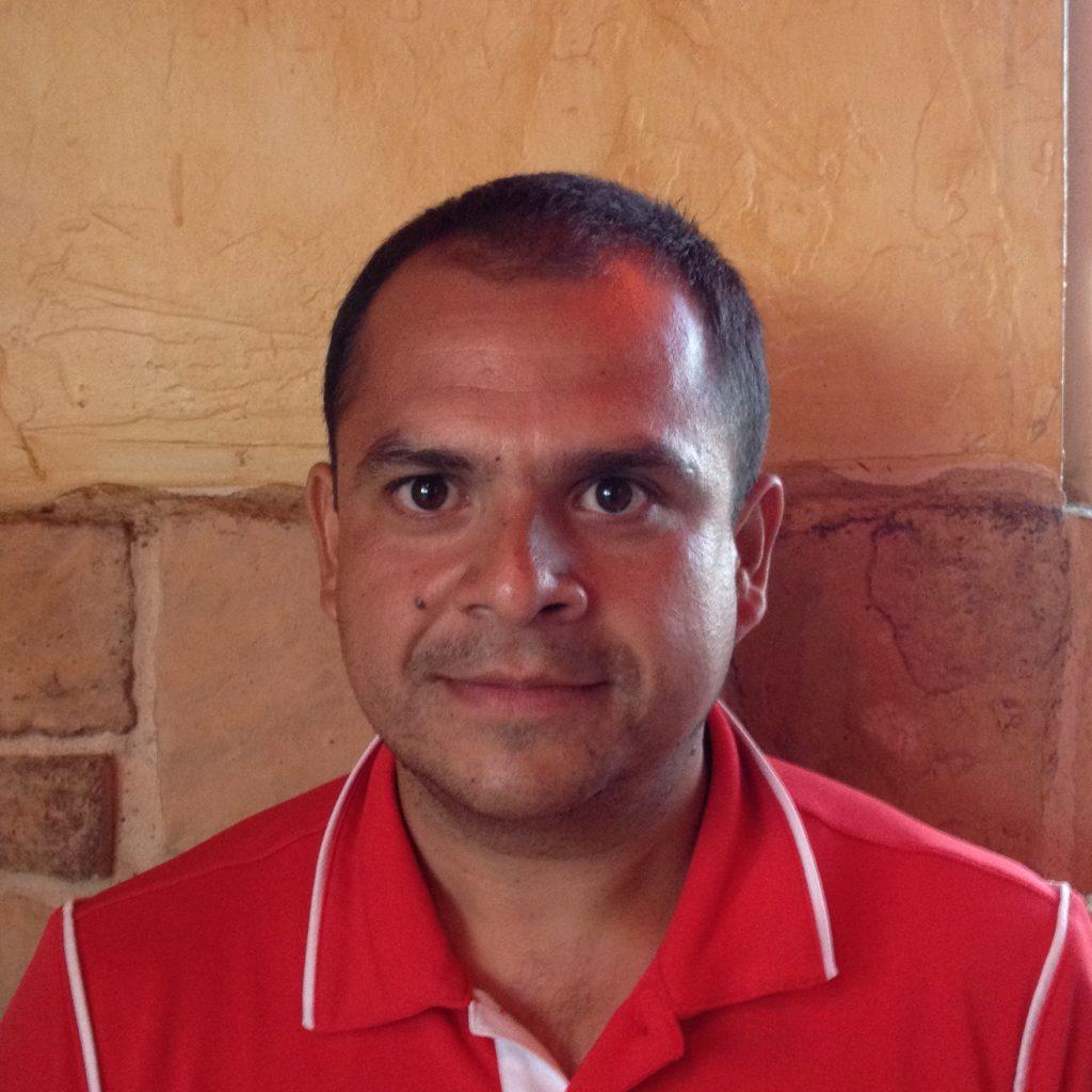 Roger Flores